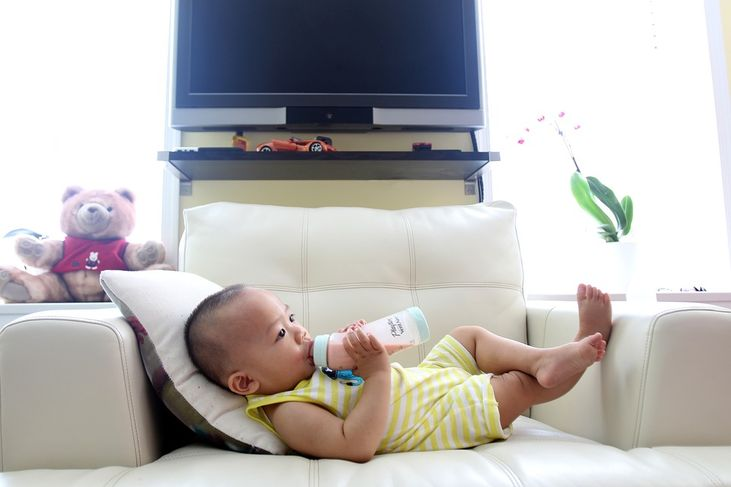 What's In Formula Milk That Makes Your Baby Gassy?