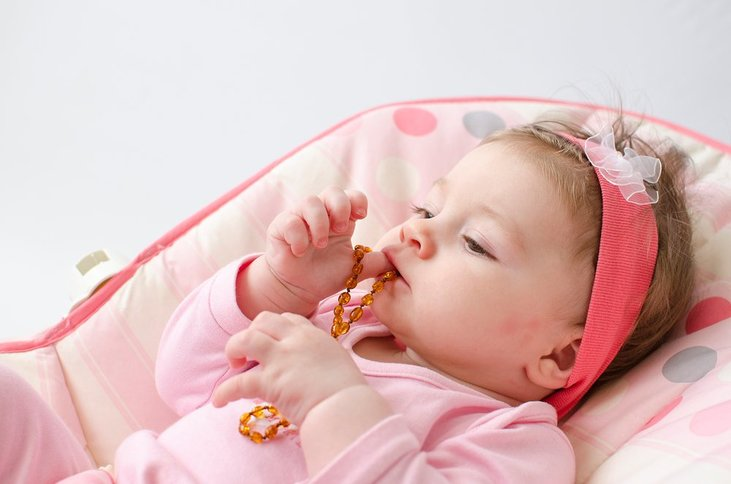 What To Consider Before Buying A Teething Necklace