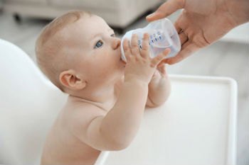 Importance-of-Water-to-a-Baby-Does-Baby-Need-Water