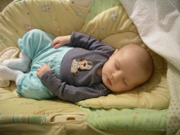 Do-Babies-Dream-What-Experts-Have-to-Say-