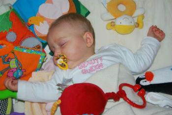 Helping-Your-Baby-Sleep-Well