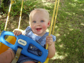 What-You-Need-to-Know-About-Baby-Swing